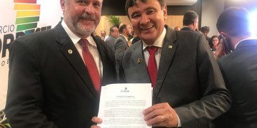 Presidente do Cofecon entrega carta com propostas aos governadores do Nordeste