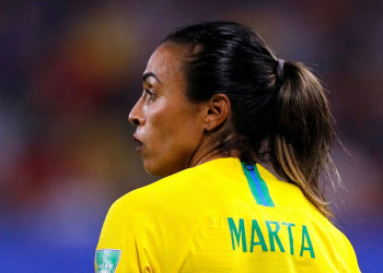 Marta se torna a maior goleadora de todas as Copas do Mundo