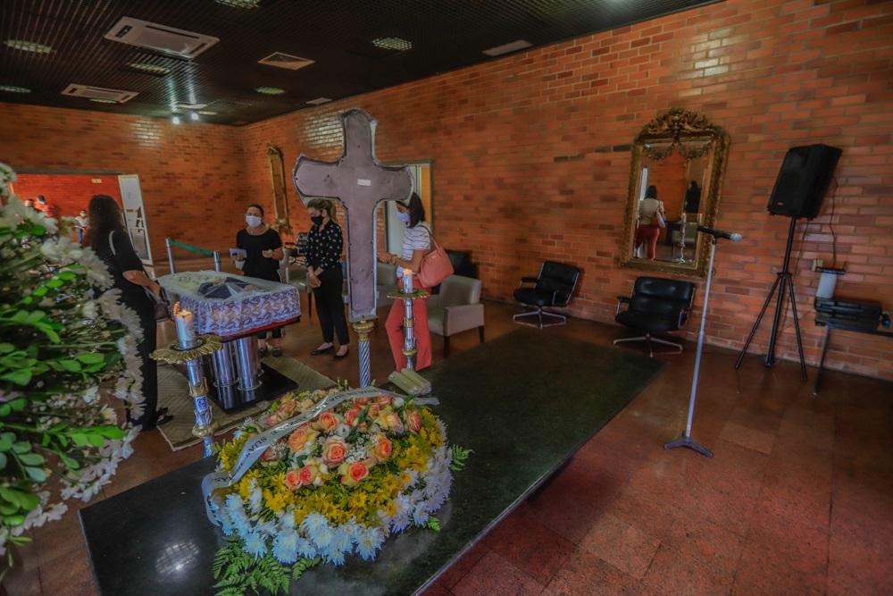 Velório do ex-governador Guilherme Melo foi restrito à família - Geral