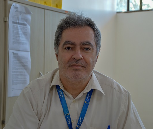 professor Jean Catapreta