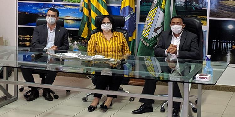 Ministra Damares Alves está em Floriano para conhecer experiência ...